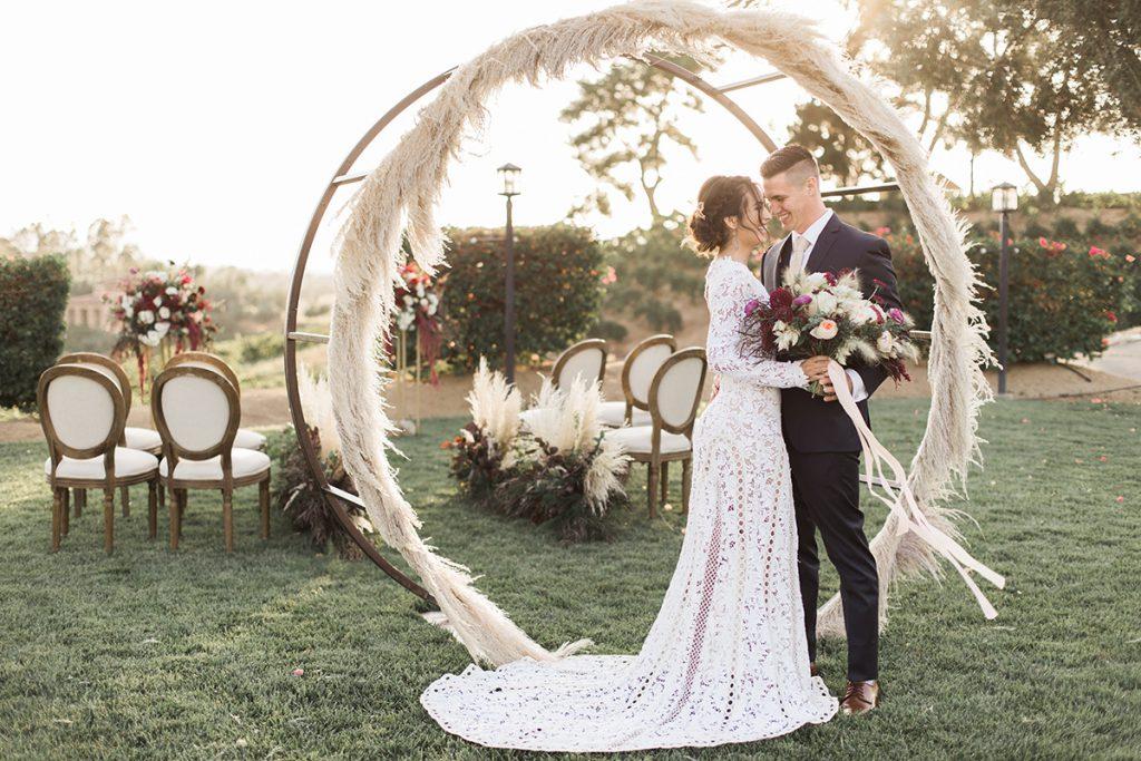Wedding Decor Trend: Pampas Grass